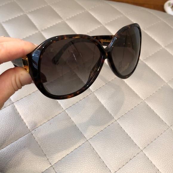 ba97abc2ba58 Louis Vuitton Accessories